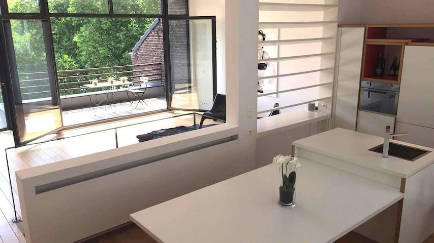 Luxury Penthouse, Lake View!! Louise/Ixelles