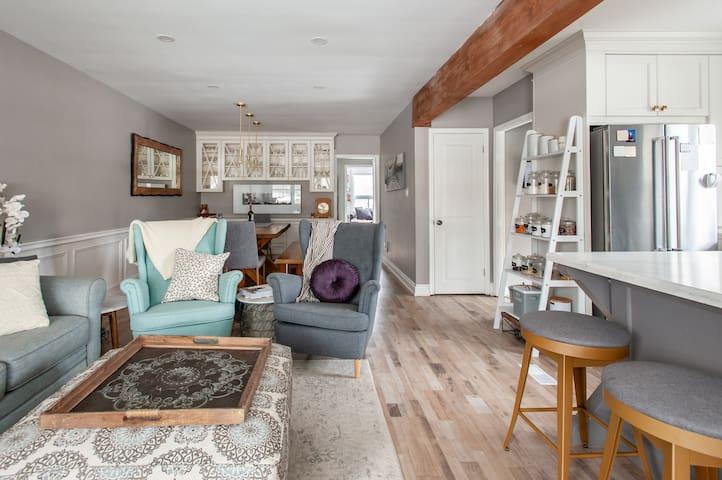 Cozy Modern Farmhouse Decor