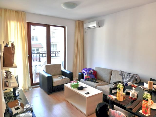 Comfortable apt. for a family with 1-2 children - Sveti Vlas - Apartment