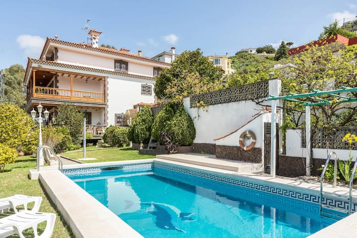 Villa Loli with Mountain View, Pool, Wi-Fi, Balcony, Terrace & Garden; Parking Available