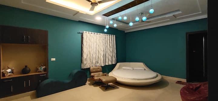 Spiti in FarmsbyIndrajeet-Room with bath tub