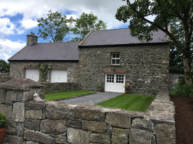 The Cottage at Ballyglass Lodge, Ardrahan, Galway