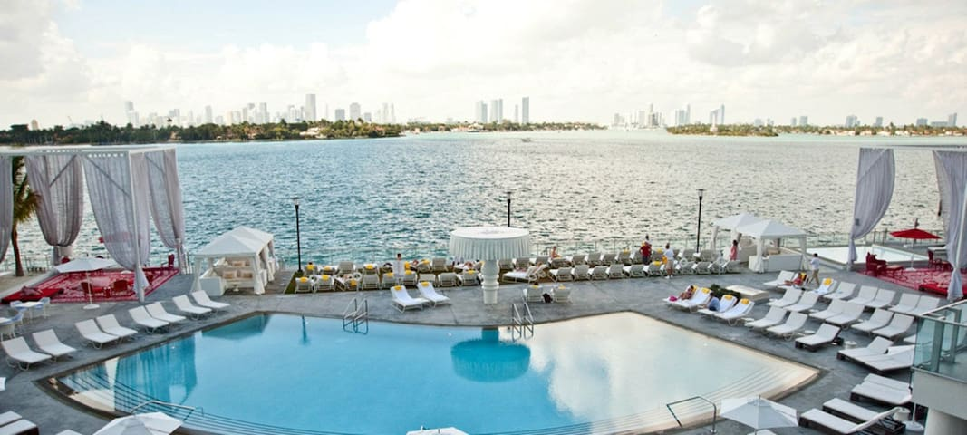 Mondrian Hotel suite 1 bedroom w pool on the bay