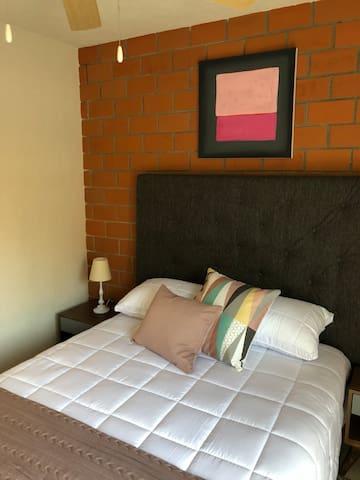 Cómoda habitación en depto en zona centro GDL A