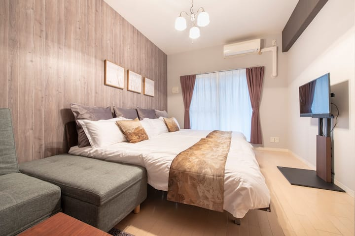 Osaka cozy room for 6!Shinsaibashi Free Wifi! #202
