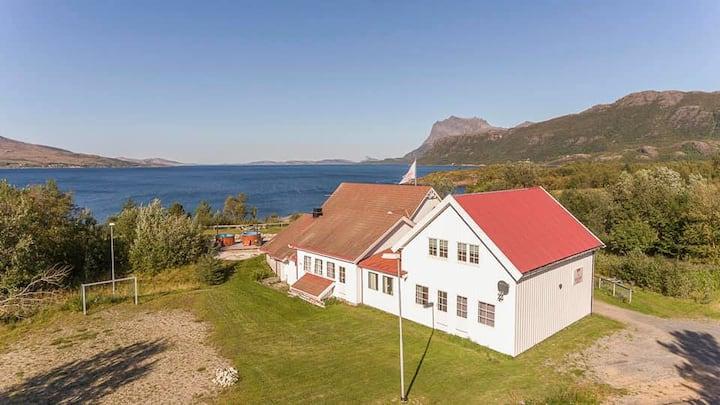 Perle på Helgelandskysten, mulighet for lån av båt
