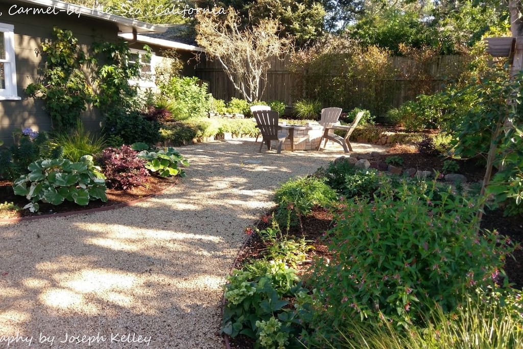 Charming Kismet Cottage, Carmel-by-theSea, California
