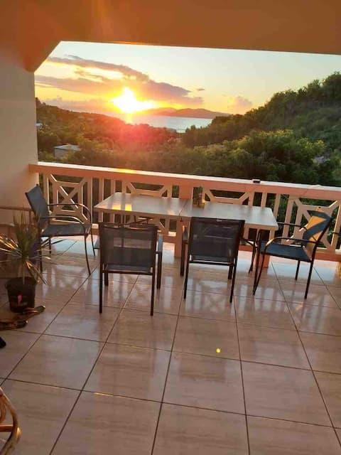 Cendra's Sunset Views In Paradise. (Value Garden)