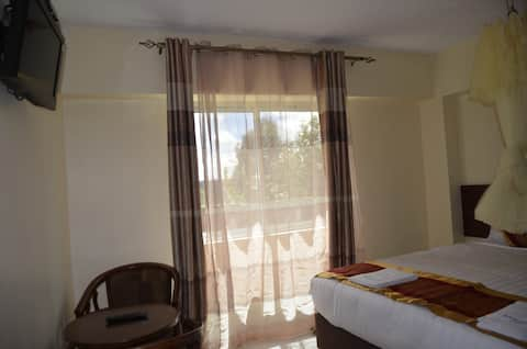 Keroka Hilltop is spacious and has beautiful rooms
