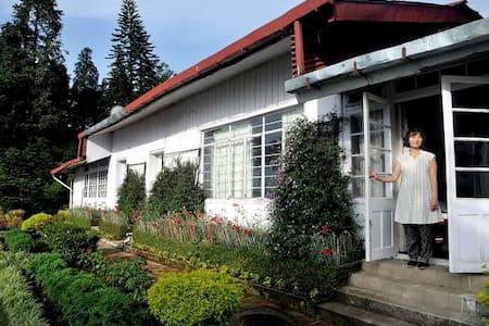 Relaxing Stay | 2 people | The Goomtee Tea Resort - Mahanadi - Бунгало