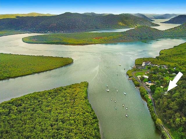 Bush Retreat on the Hawkesbury River
