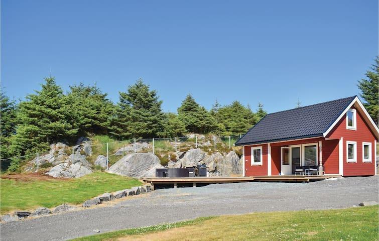Holiday cottage with 1 room on 40m² in Haugesund