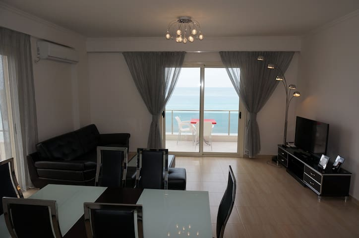 Perfect Modern Beach Apartment - Vlorë - Lägenhet