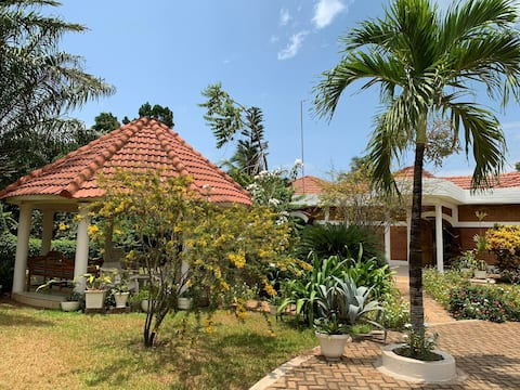 Belle et atypique demeure coloniale