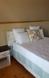 friendly comfortable very tidy unit - Pinetown - Bed & Breakfast
