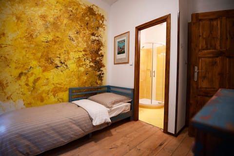 Luxury Design Bedroom in Giotto Apartments (C)