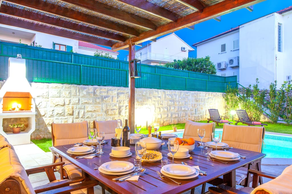 New modern villa Dane in Hvar town, terrace and barbecue, private swimming pool