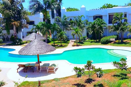 Green Malindi Luxury Apartment - Flat