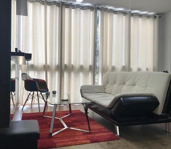 Zona Urbarí, Apartamento Entero 100 % equipado