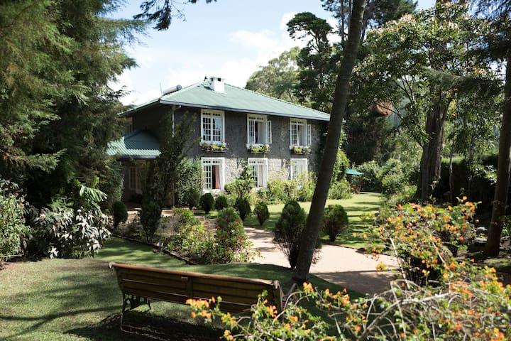 Stonyhurst - a luxurious cottage - Nuwara Eliya - Huis
