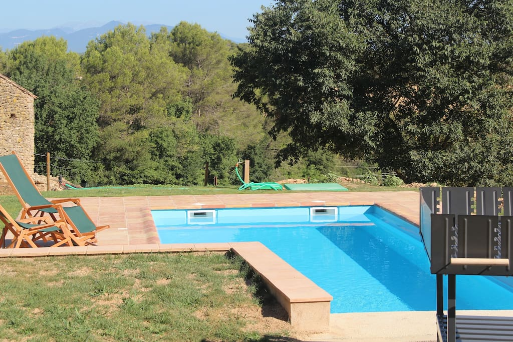 Large pool in the private garden - Can Font Olives Turisme rural
