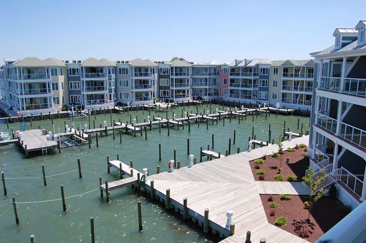 Sunset Bay Villa #210-Downtown Waterfront w/ Pool