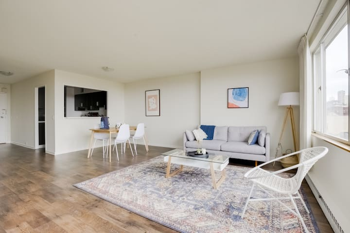 Beautiful 2BR Place in San Francisco