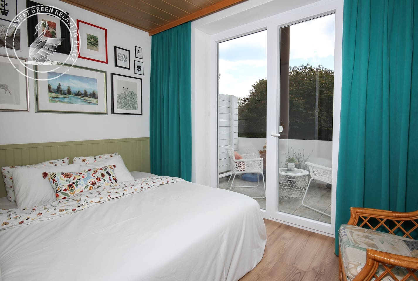 """""""The apartment is such a great location and it's clean and cosy. Natalija and Jure were exceptional with communicating and I loved staying there."""" by guest Emily"""