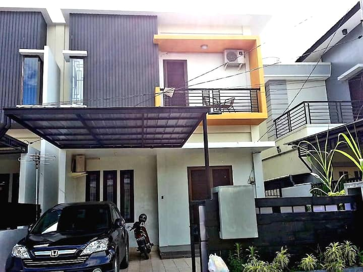 Luxury furnished house [PROMO] 8 Min to Mega Mall