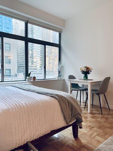 Luxury Studio Apartment - Great for Isolation