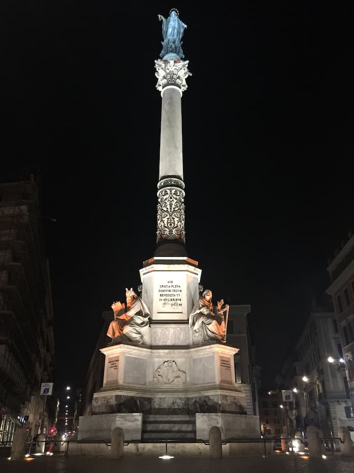 Columna Inmaculada