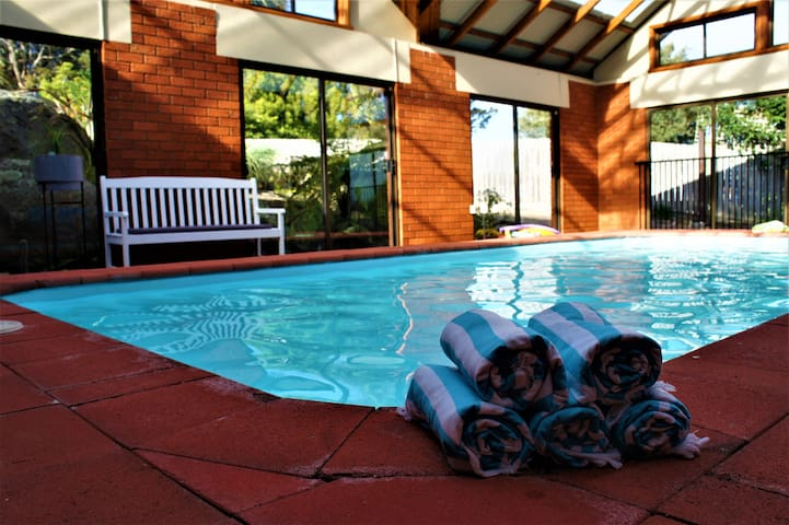 Ocean Air Studio #1 HEATED SWIMMING POOL