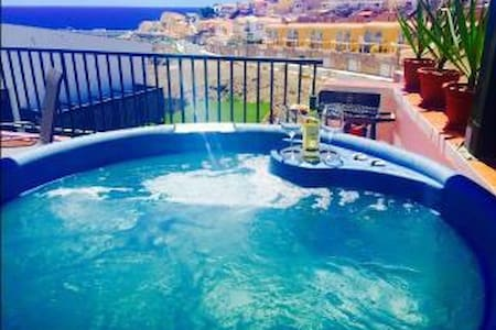 Beautiful Villa Vistas, Hot Tub Jacuzzi, Sleeps x8 - Arguineguin