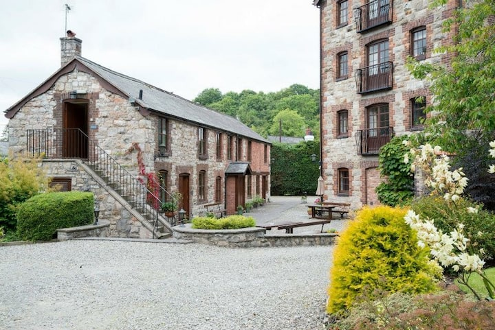 Millers Cottage - Perfect For 2 & Dog Friendly!