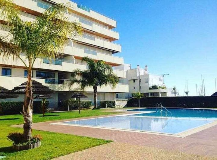 VilamouraSun Aquamar 401-Centrally Located, Modern apartment with Free Wifi