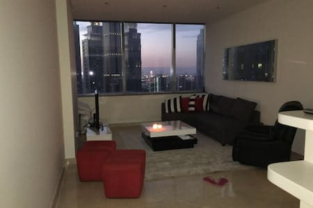 An Attractive flat in Sky Gardens!!