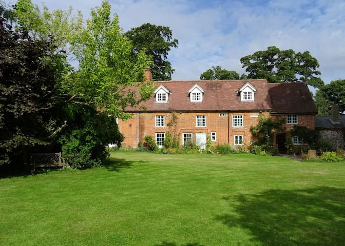 Crofts Place, Little Saxham