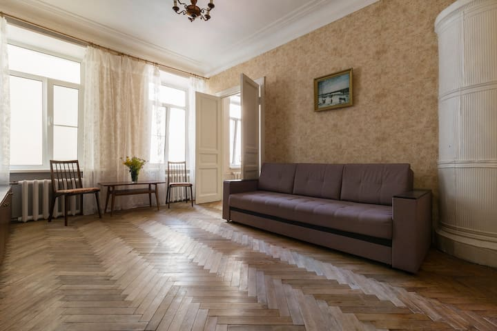 A quiet cosy apartment near Peter & Paul Fortress