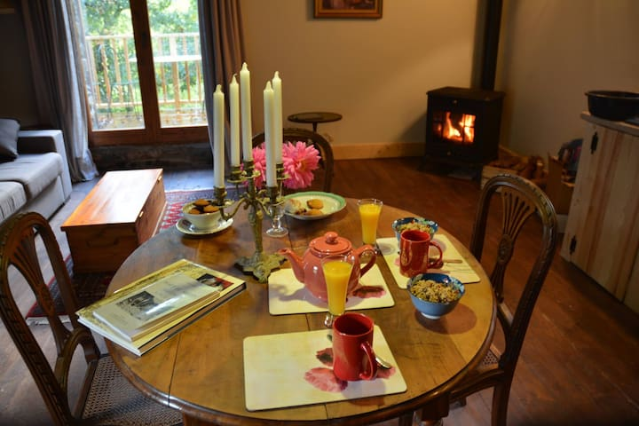 Rustic Luxury - Self Catering Gite - Corsavy - Chalet