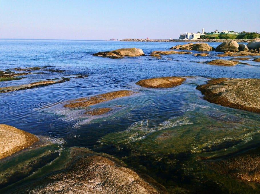 하늘을 품은 아야진해수욕장에서 바라본 바다... 그대로가 그림이네요.