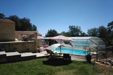 Villa 8p avec piscine - Seillons-Source-d'Argens - 別荘