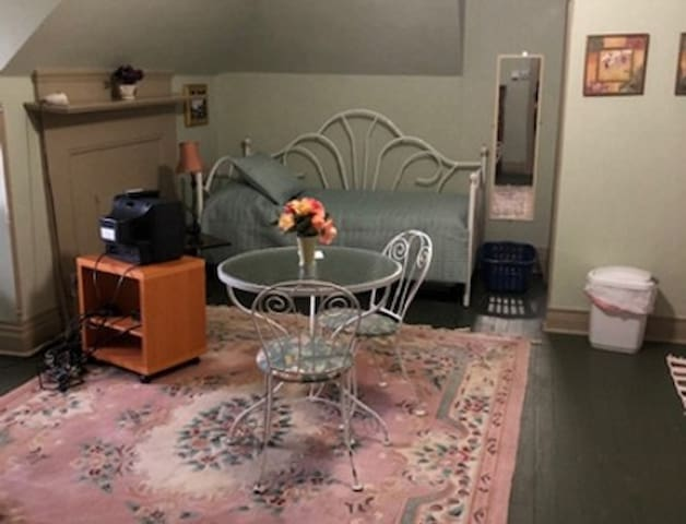 5th #7. Furnished studio. Clean!