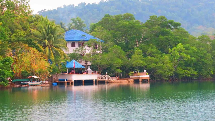 Old busuanga river house