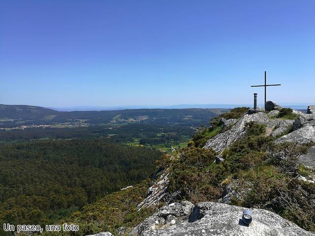 mirador monte Tahume,Porto do Son a 20 min.