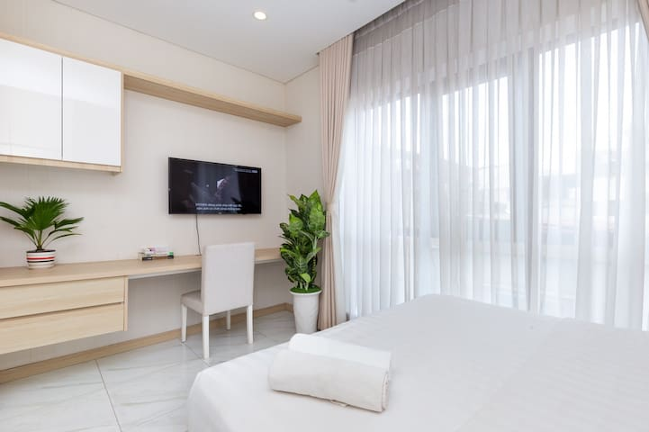Service Apartment*Spacious Studio*Tan Dinh, Saigon