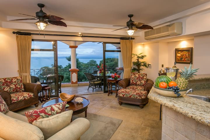 Shana Residences 320 Sea-view Condo - Quepos - Flat