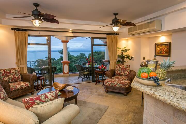 Shana Residences 320 Sea-view Condo