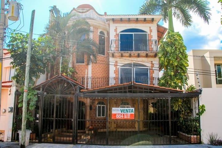 Casa Grande - Cancún - Huis