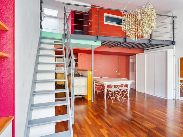 Atypical flat in duplex in Chartrons district, Bordeaux - Welkeys