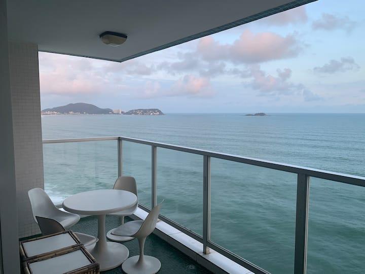 Guarujá Pitangueiras. Vista incrível para o mar!!!